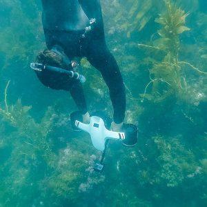underwater-scooterwhite2