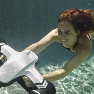 underwater-scooterwhite3
